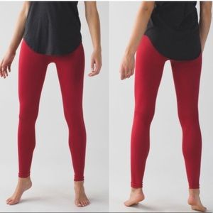 Lululemon Zone In High Rise Tights 7/8 Cranberry